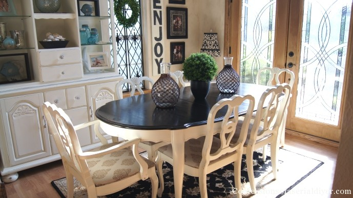Dining Table Makeover @ Confessions Of A Serial DIYer