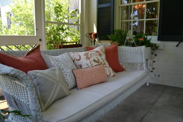 Spring Swingin' ~Style Blueprint | SimplyFreshVintage.com