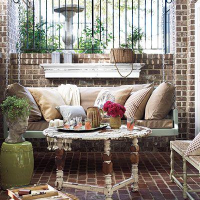 Spring Swingin' ~Southern Living | SimplyFreshVintage.com