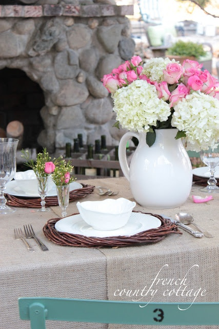 Easter Tablescapes ~ French Country Cottage | SimplyFreshVintage.com