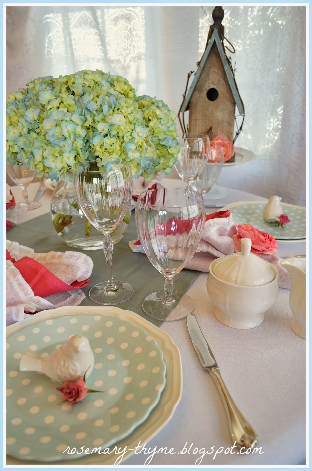 Easter Tablescapes ~ Rosemary  Thyme | SimplyFreshVintage.com