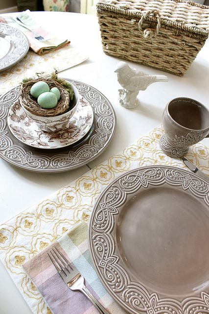 Easter Tablescapes ~ The Inspired Room | SimplyFreshVintage.com
