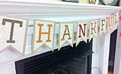 Thankful Banner / Bunting Tutorial ... from SimplyFreshVintage.com