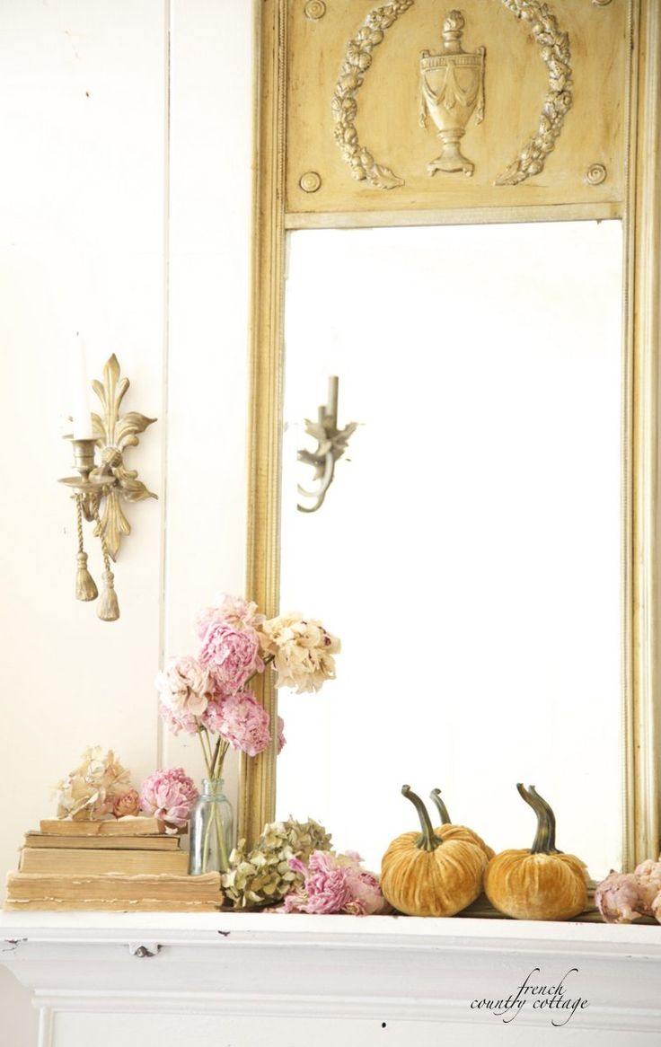 Fall Mantel from French Country Cottage | SimplyFreshVintage.com