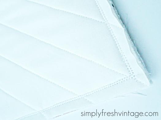 Easy DIY Pillow Tutorial | SimplyFreshVintage.com