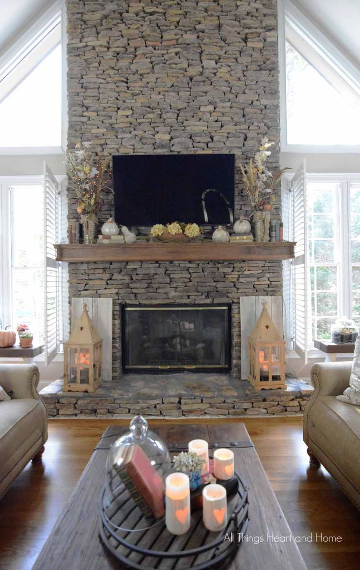 Fall Mantel from All Things Heart & Home | SimplyFreshVintage.com