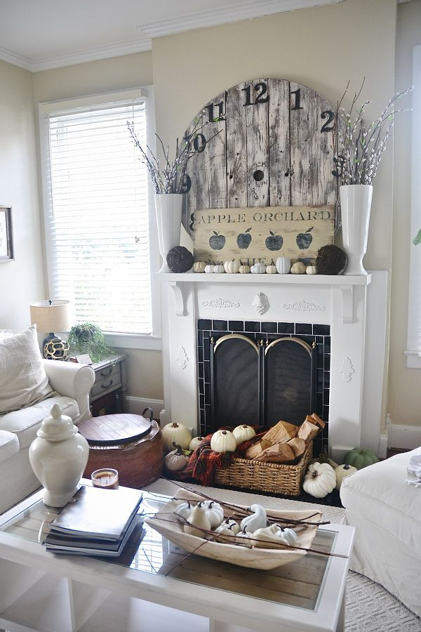 Fall Mantel from Liz Marie Blog | SimplyFreshVintage.com