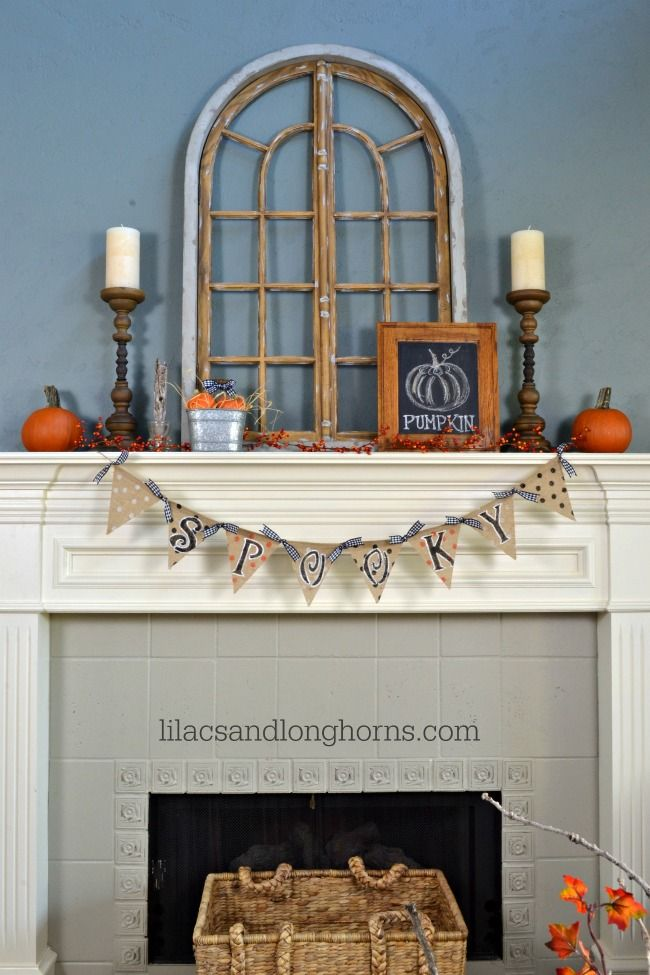 Fall Mantel from Lilacs & Longhorns | SimplyFreshVintage.com