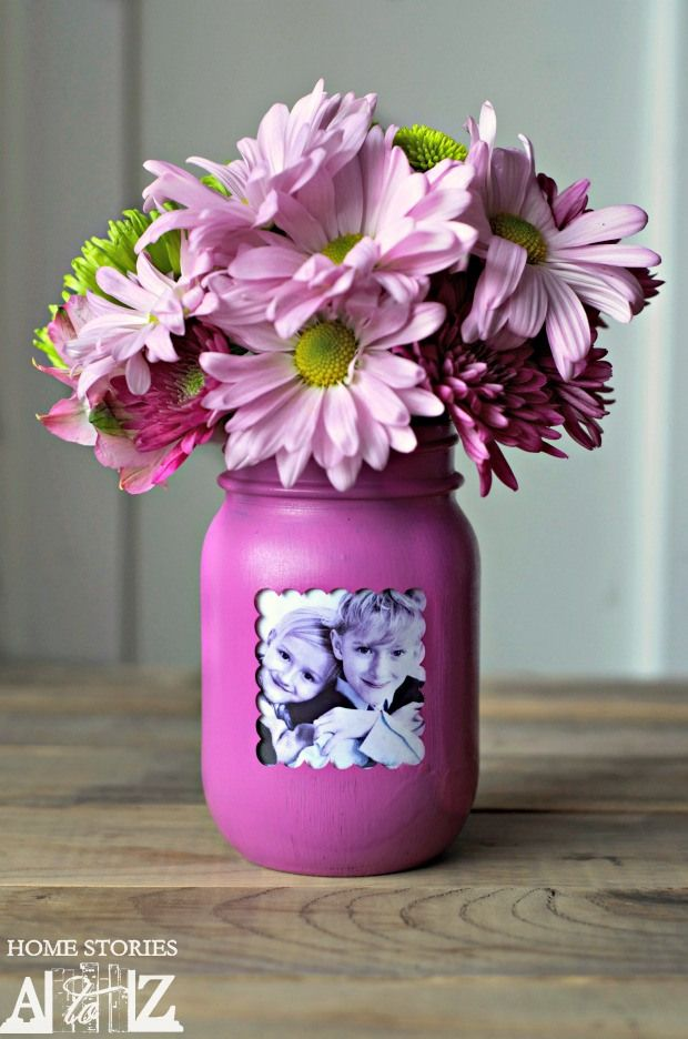 Mason Jar Picture Frame Vase | Mother's Day Gift Ideas & Printables | SimplyFreshVintage.com