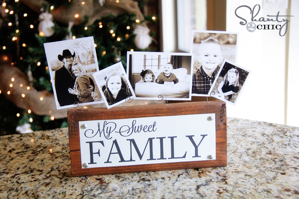 DIY Photo Display | Mother's Day Gift Ideas & Printables | SimplyFreshVintage.com